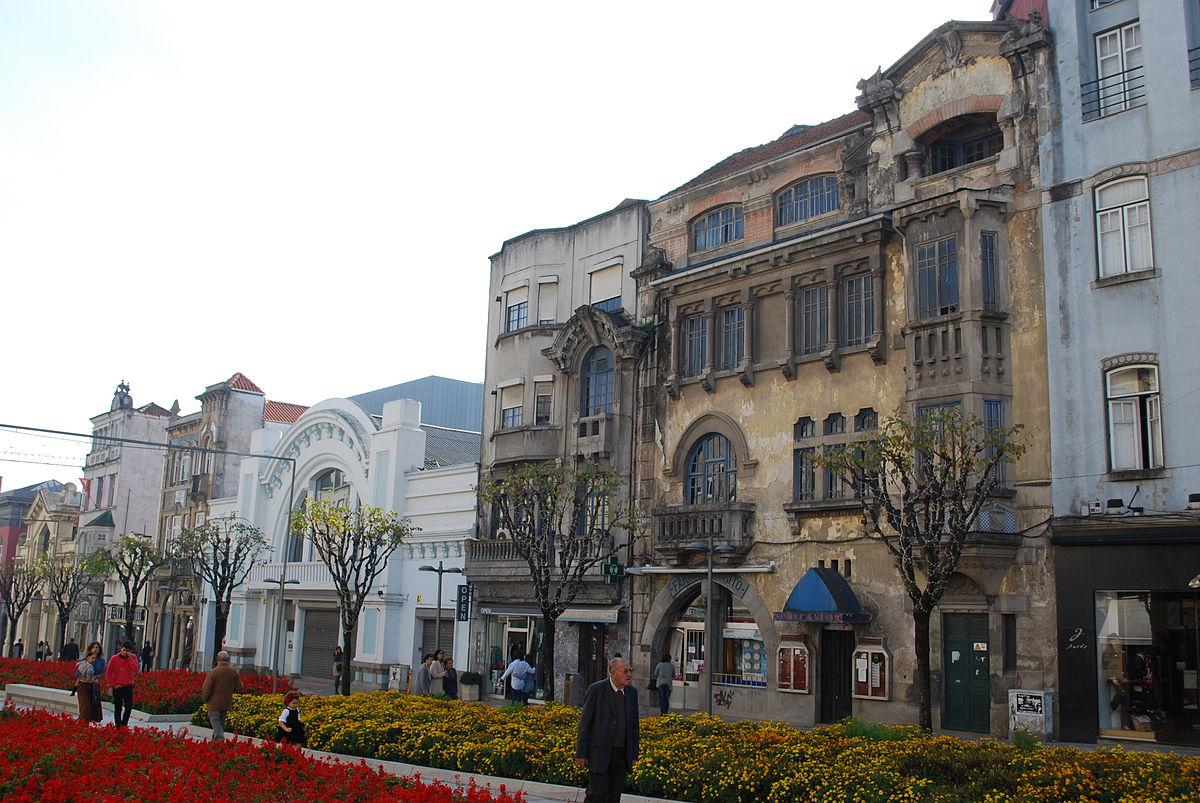 Farmacia Brito en la Avenida Liberdade, una de las principales avenidas de la ciudad