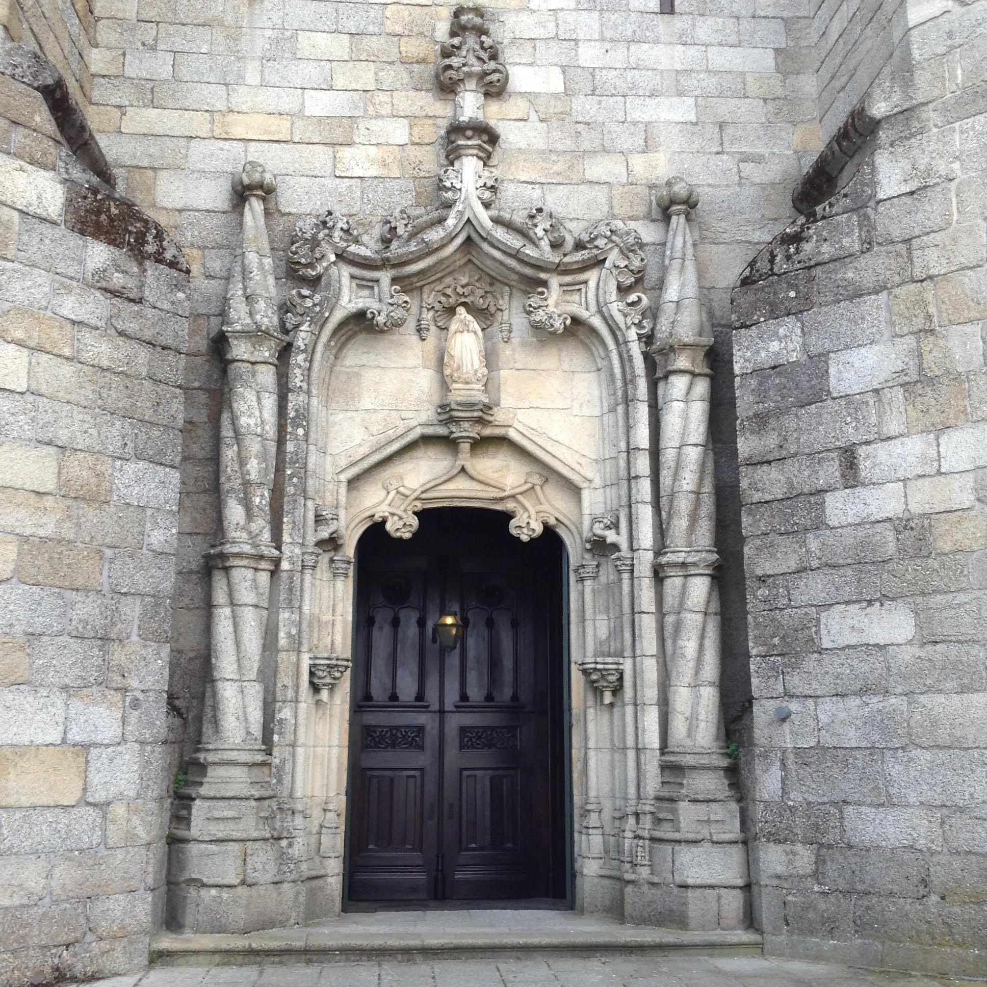 Puerta catedral 1