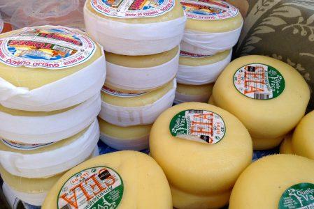 mercado 13 quesos