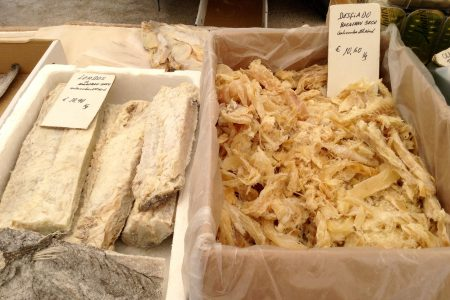 mercado 23 bacalao