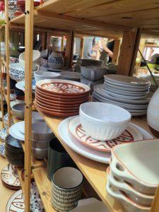 Ceramica na Linha, venda cerámica y vajilla utilitaria al peso en el Chiado, Lisboa
