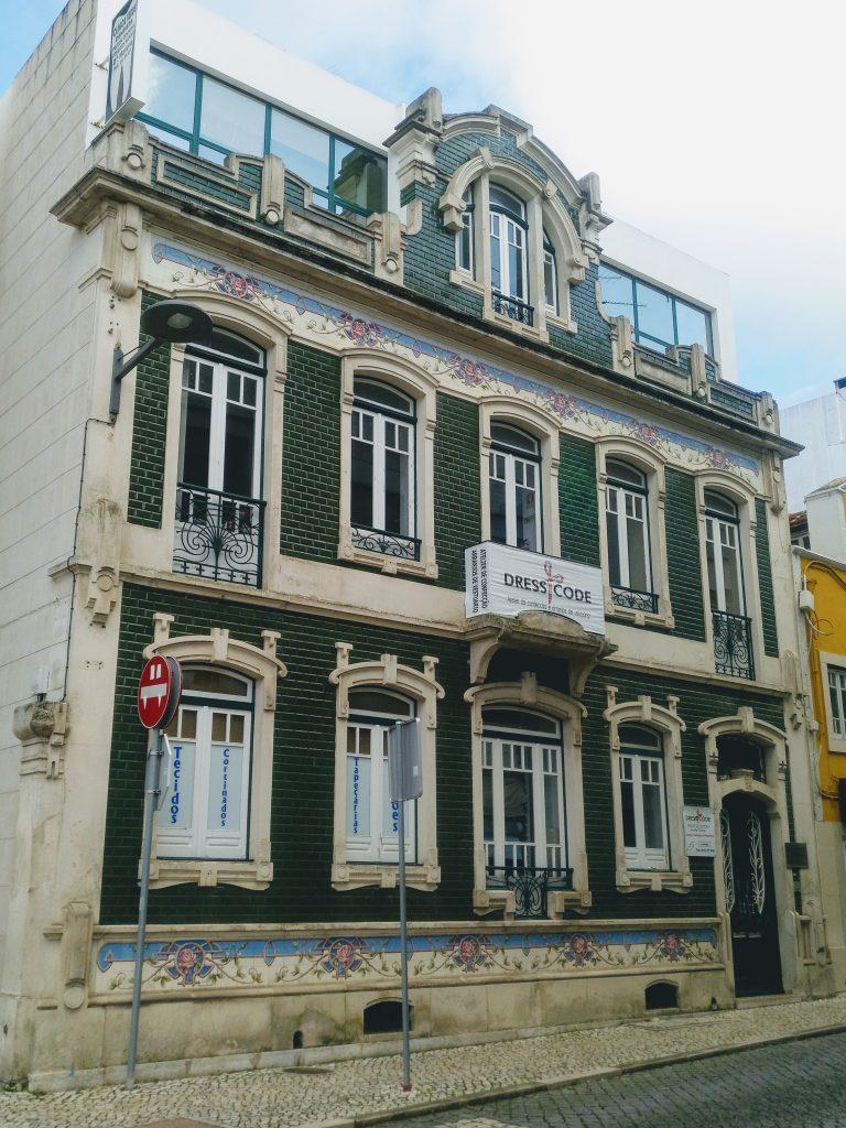 fachada_modernista_caldas_da_rainha