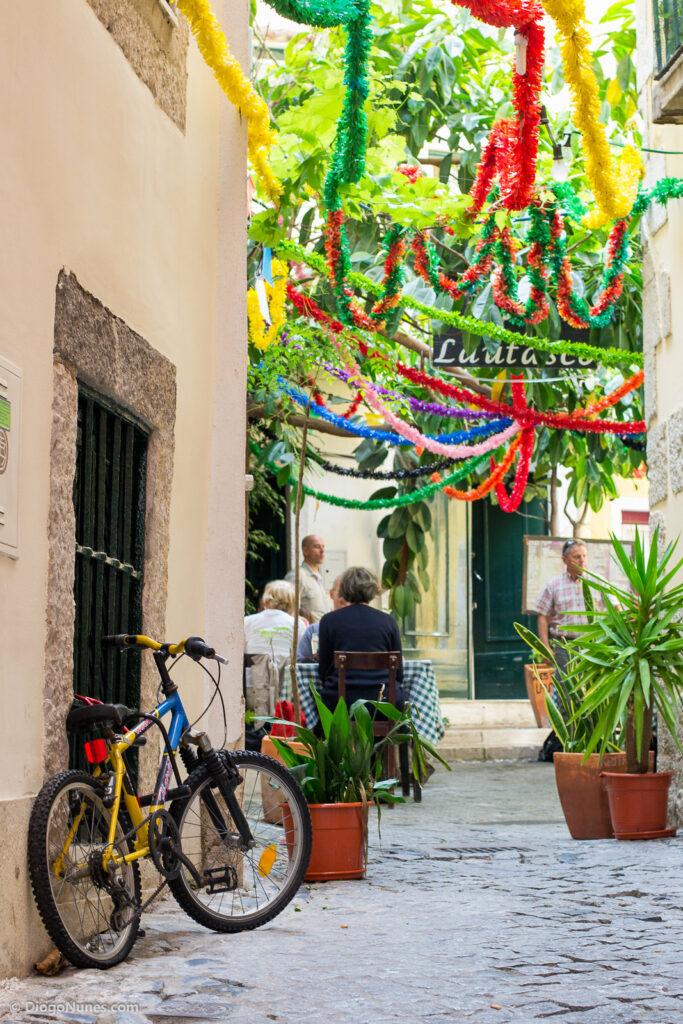 Fiesta de San Antonio en el barrio de Alfama